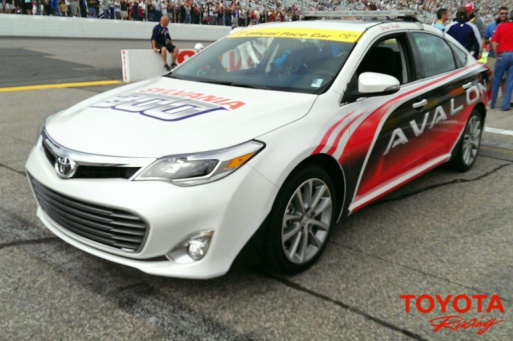 Toyota avalon pace car